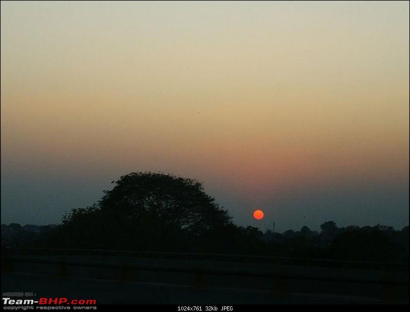 An Incredible Road Trip of a Lifetime to Udaipur, The Most Romantic City in the World-28-a_red_ball_in_the_horizon.jpg