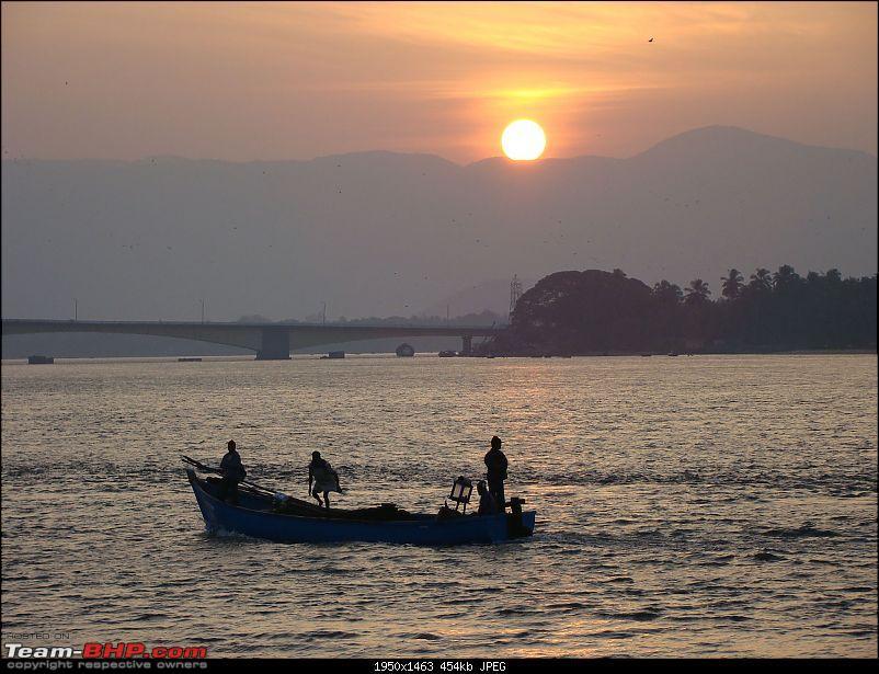 Beach vacation : Maharastra - Goa - Karnataka.-sunrise2.jpg