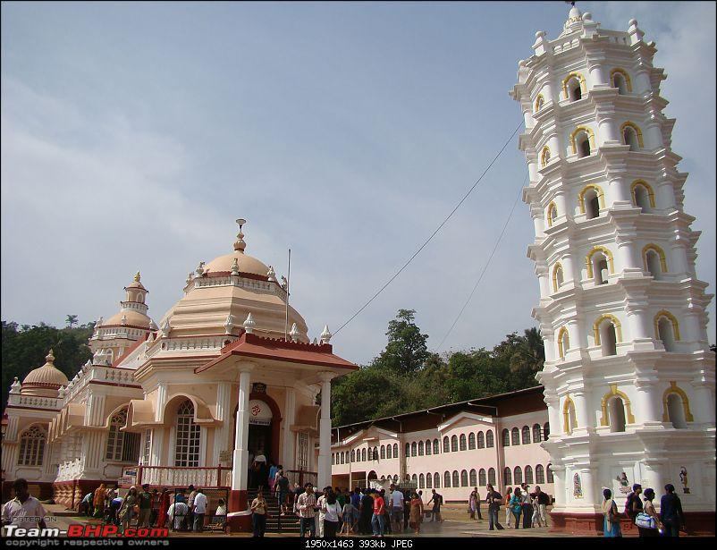 Beach vacation : Maharastra - Goa - Karnataka.-mangueshi-temple-goa.jpg