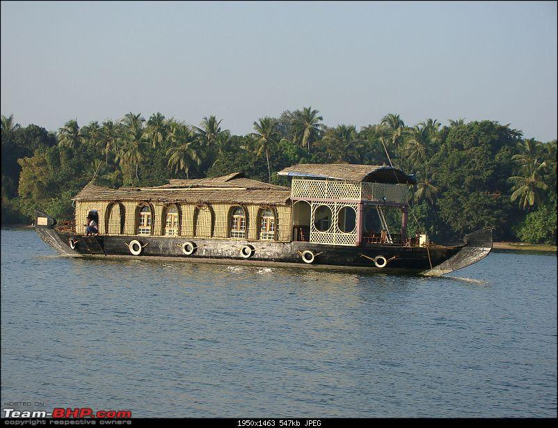 Beach vacation : Maharastra - Goa - Karnataka.-houseboat-6.jpg