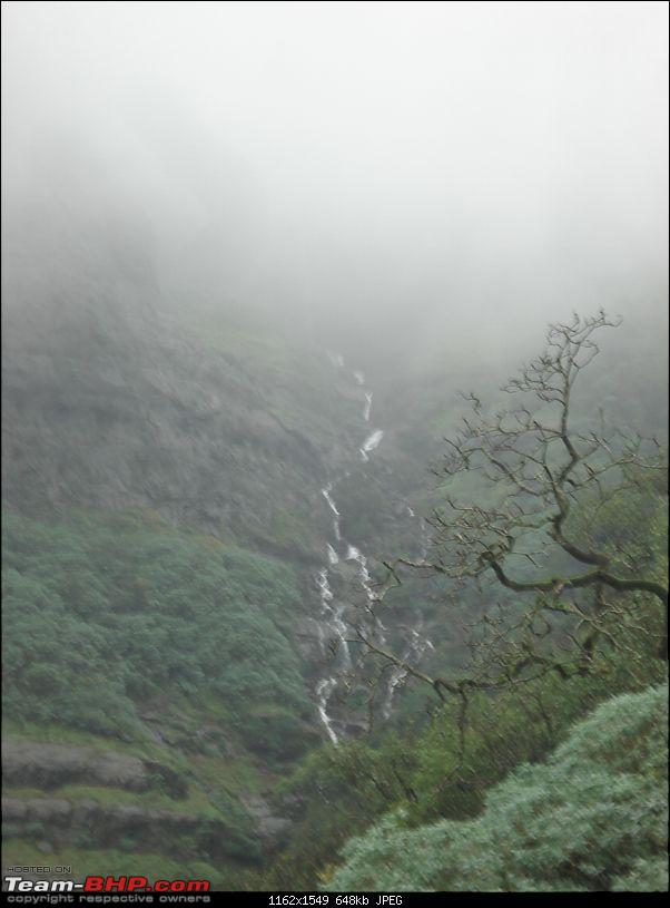 Trek to Harishchandragad - Two days in the company of clouds!!!-dsc03490.jpg