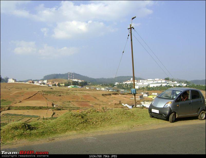 nanoLog� - Bangalore-Masinagudi-Ooty & Back with a different agenda...-school-car.jpg