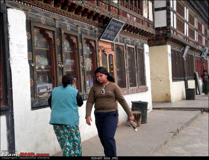 Gross Travelling Happiness - Bhutan, Sikkim, Darjeeling-paroa-10k80.jpg
