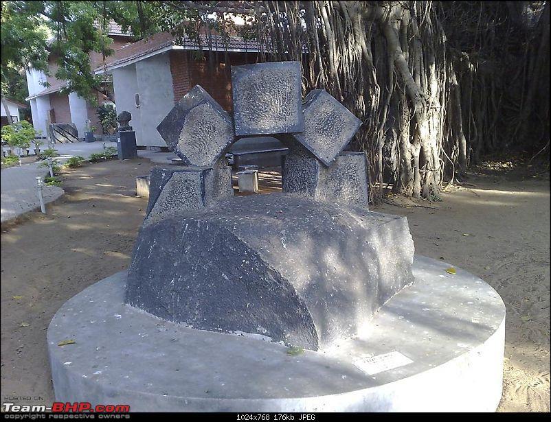 Cholamandal Artists Village- A visit-artgallery-045-large.jpg