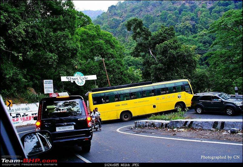 An incredible road trip to Velankanni, Kodaikanal and Ooty-10-a_big_traffic_jam_at_a_hairpin_curve.jpg
