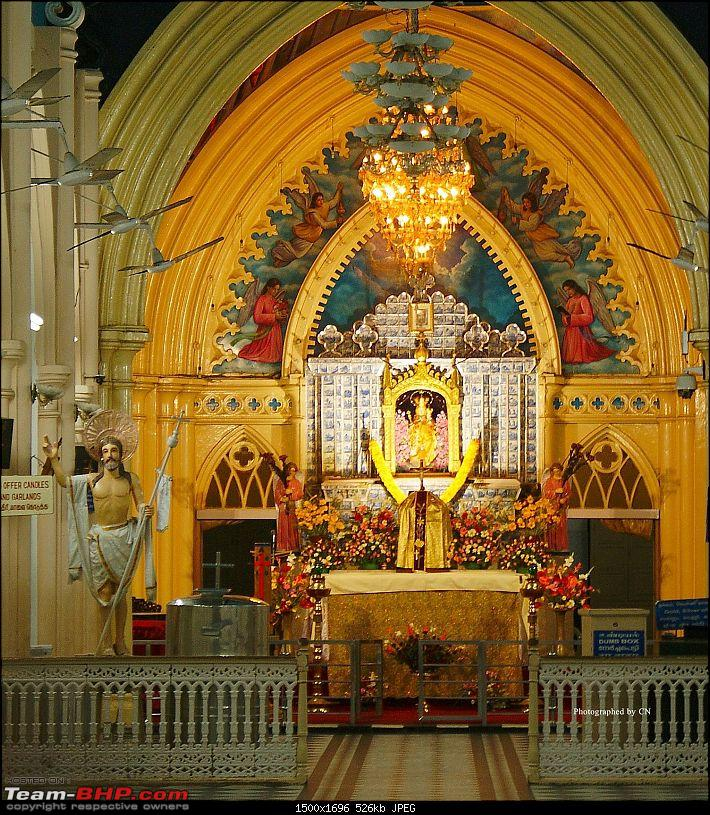 An incredible road trip to Velankanni, Kodaikanal and Ooty-29-a_prized_catch-a_beautiful_pic_of_the_altar.jpg