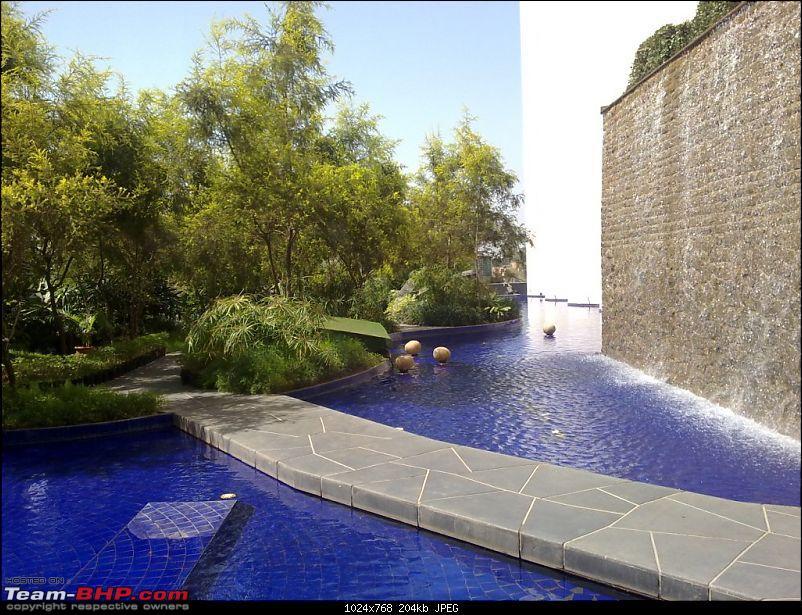 Story of a Barbeque Summer : Kuch Khatta Kuch Meetha.-37-artificial-waterfall-hotel.jpg
