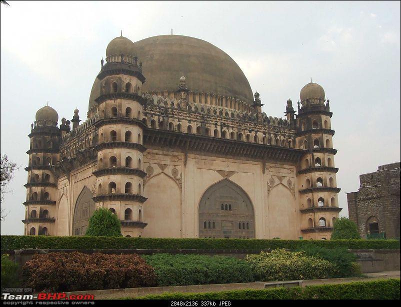 Bangalore-Gokarna-Kolhapur-Bhimashankar-Trimbak-Shirdi-Tuljapur-Pandharpur-Bijapur-Ho-gol-gumbaz3.jpg