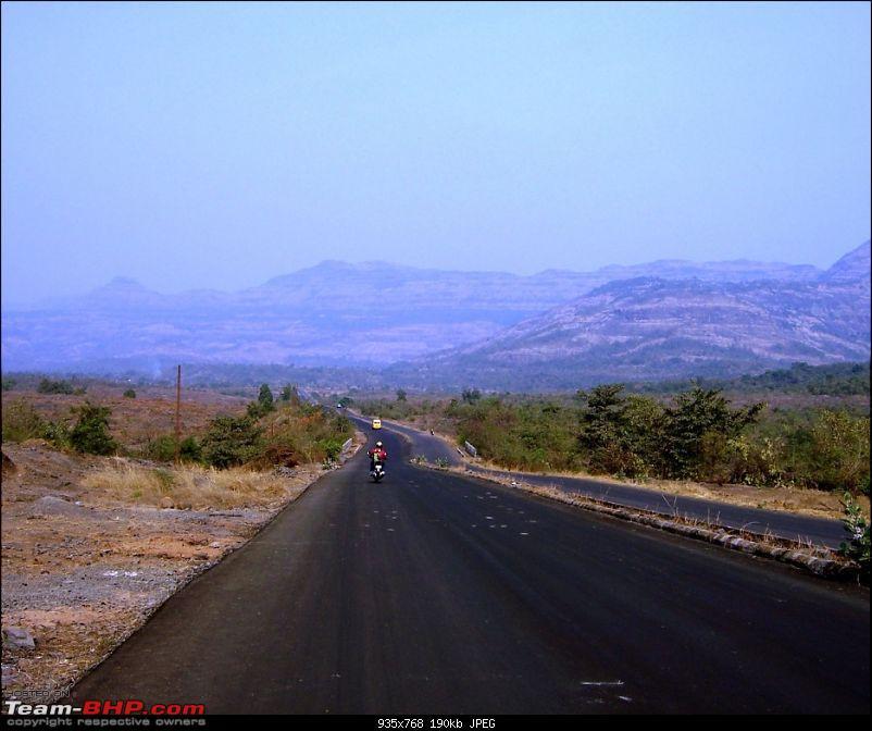 Magnificent Maharashtra - The Mahalog!-runway2.jpg