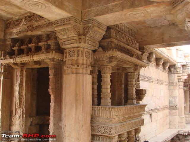Name:  Jharokha at the well.JPG Views: 779 Size:  148.1 KB