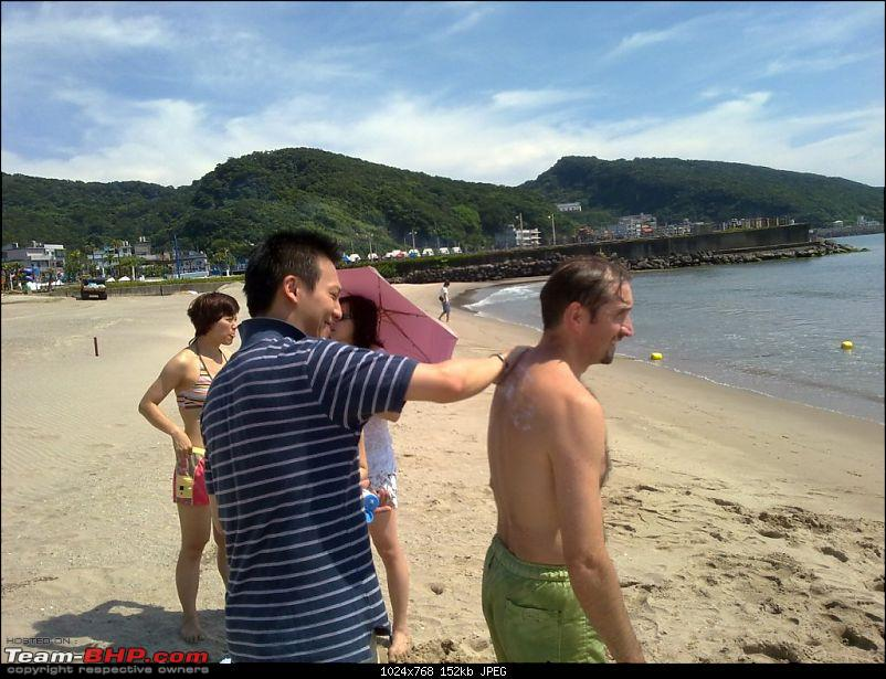 Business with Pleasure in the Land of Silicon and Electronic Gadgets - Taiwan-036-one-needs-apply-sun-cream-avoid-tanning.jpg