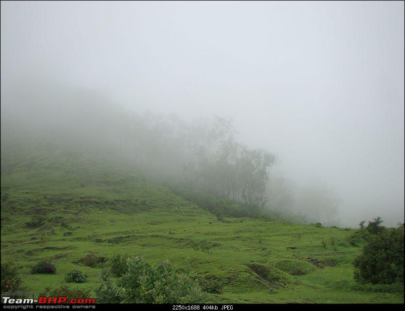 Monsoon Break : Hills, waterfalls and temples!-3-way-tothoseghar.jpg