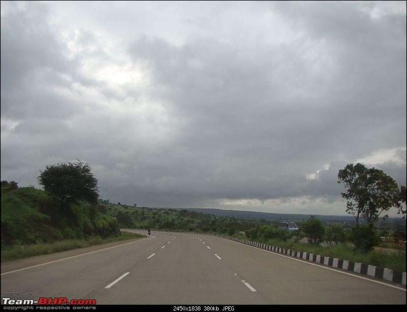 Monsoon Break : Hills, waterfalls and temples!-5nh4tohubli.jpg