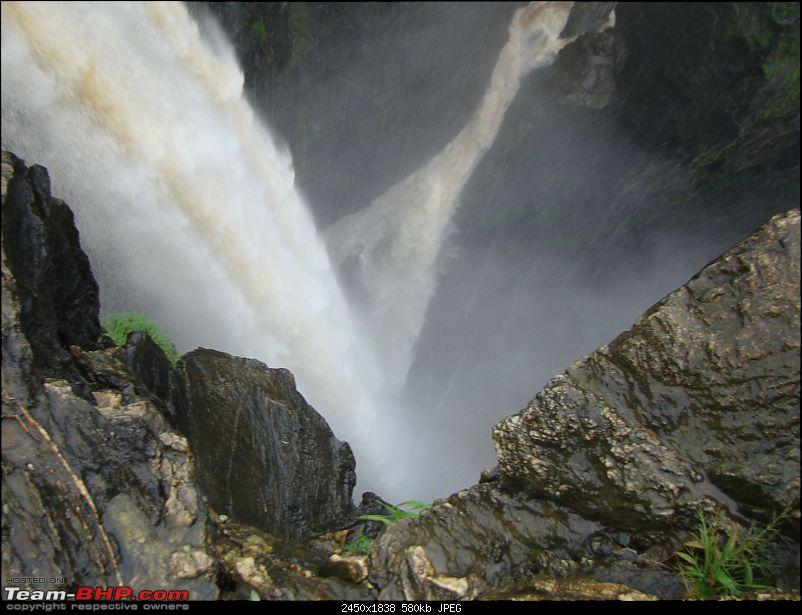 Monsoon Break : Hills, waterfalls and temples!-9jograjatop1.jpg