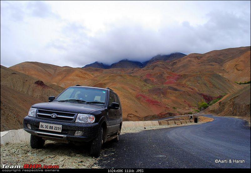 4500 km, Two Idiots & a Wild Safari in Ladakh-110_approaching-namiki-la.jpg
