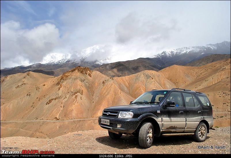 4500 km, Two Idiots & a Wild Safari in Ladakh-118_approaching-fotu-la.jpg