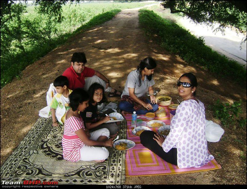 Bangalore - Lepakshi - Devanahalli Fort - Bangalore : 1 Day Drive-breakfast.jpg