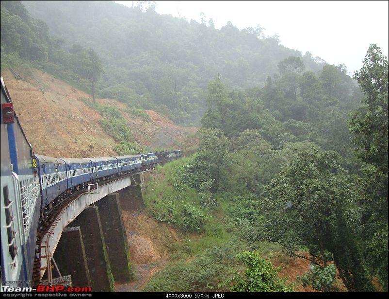 Mangalore -> Bangalore via Sakleshpur (Train)-16_overthebridge.jpg