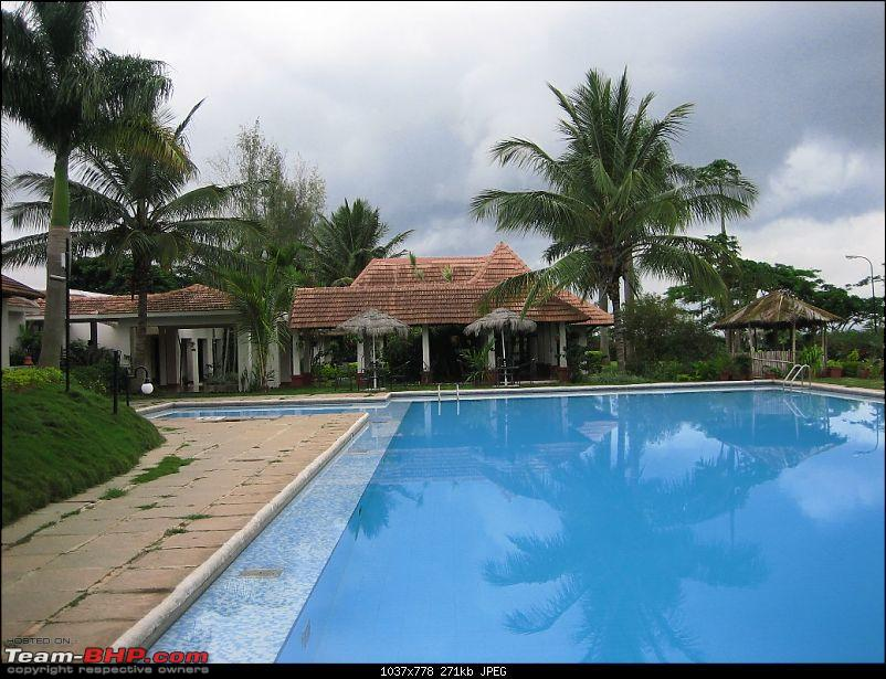 Finally, Chikmagalur is off my wannabe list! :-)-pool3.jpg