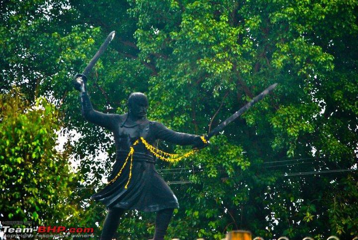 Name:  Statue.jpg Views: 5415 Size:  128.5 KB