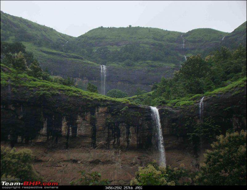 Monsoon Break : Hills, waterfalls and temples!-z3.jpg