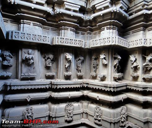 Name:  bhuleshwar_temple_monsoon_08.jpg Views: 2019 Size:  250.4 KB