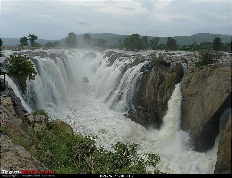 Hogenakkal falls@18th Sept 2010-p1030410.jpg