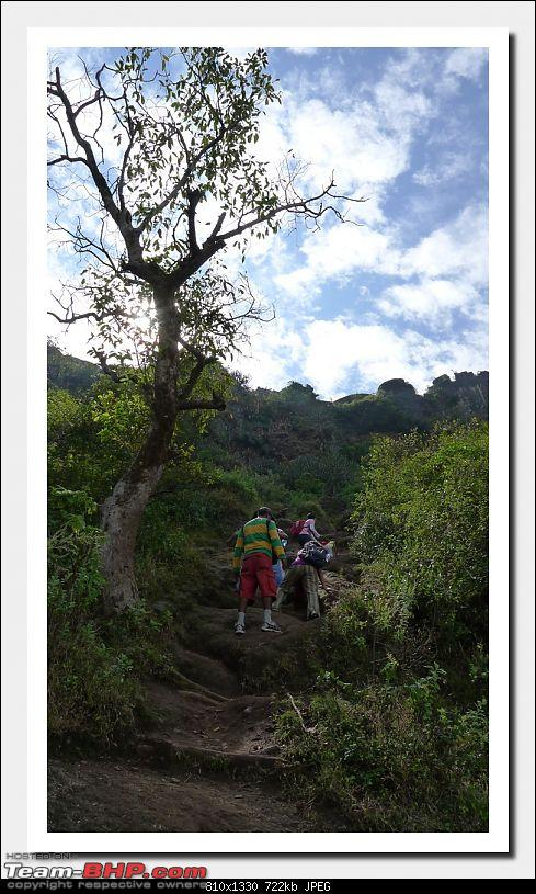Back to mother nature and a piece of history : A family trek to Purandar Fort-purandar27nov2010_058.jpg