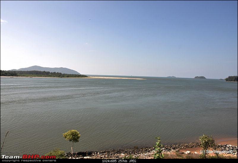 Micro-Travelogue : Devbagh Beach Resort at Karwar-012-sadashivgad-water-front-hdr1.jpg