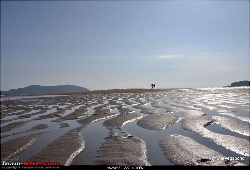 Micro-Travelogue : Devbagh Beach Resort at Karwar-048-after-nap-time-take-stroll.jpg