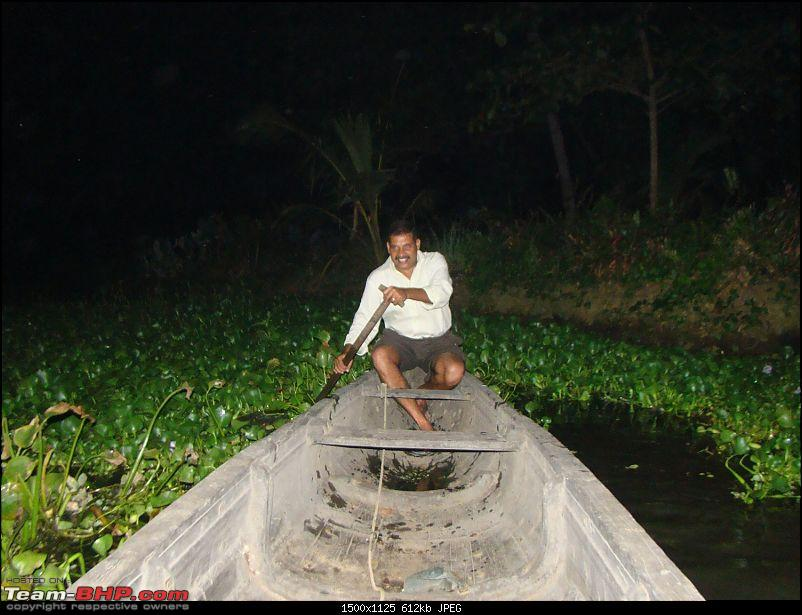 Southern Odyssey : 5000 kms through South India-9-benny-rowing-us-his-fishing-net.jpg