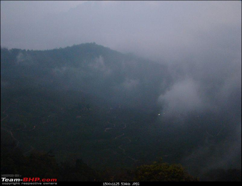 Southern Odyssey : 5000 kms through South India-13-hollyhock-fog-clearing-up.jpg