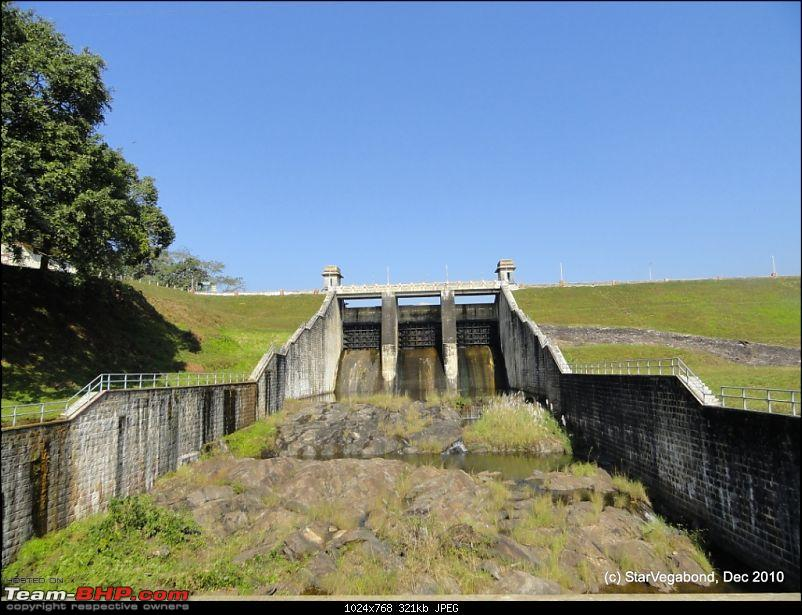 Story of a Vacation II : A page out of Jungle Book & experiencing God's Own Country-310-stopped-thoonakadavu-dam-gates.jpg
