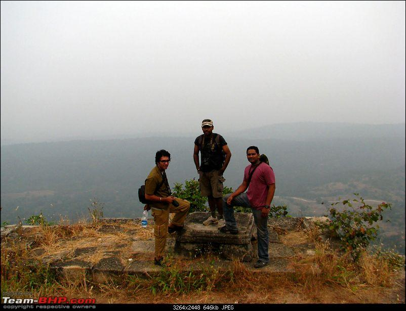 Magical Bandhavgarh : A group visit cum study tour to a high density Tiger reserve-trekkers-stop-fortimg_2847.jpg