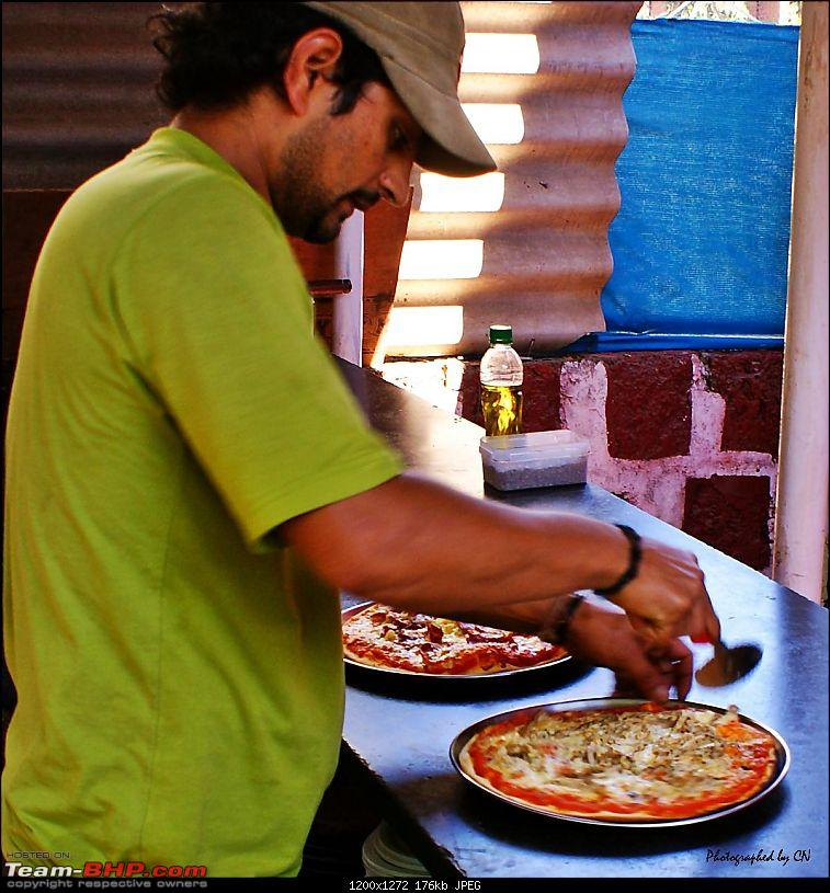An incredible road trip to the �Pearl of the Orient� � Goa-41-wood_oven_pizza.jpg