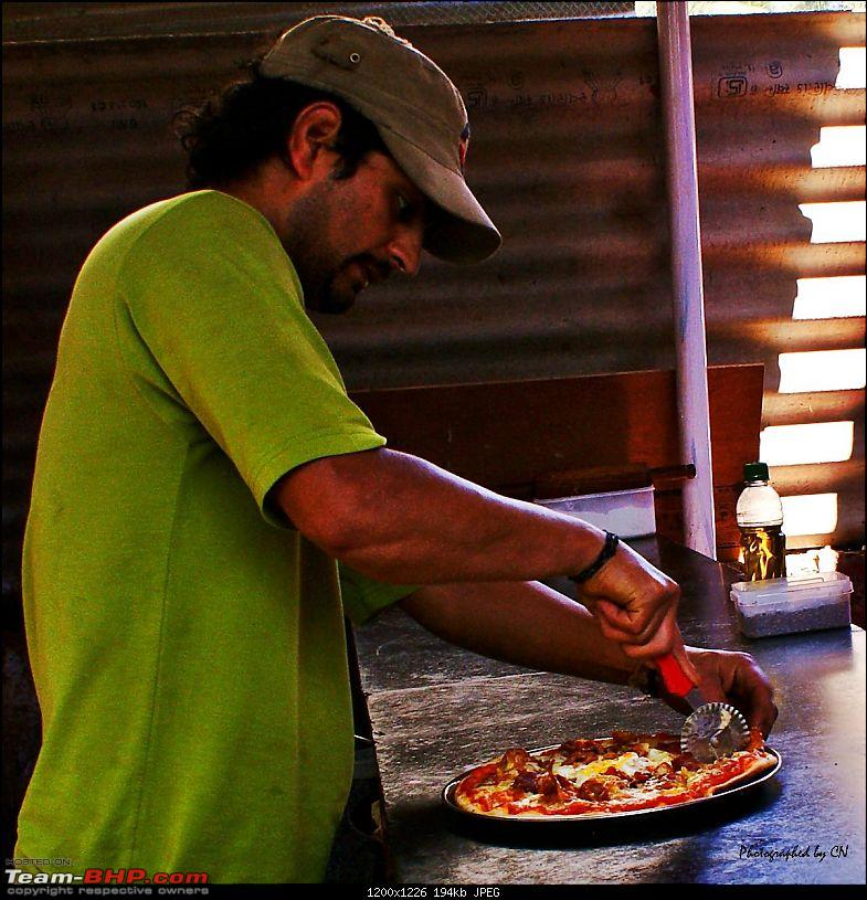 An incredible road trip to the �Pearl of the Orient� � Goa-42-wood_oven_pizza.jpg