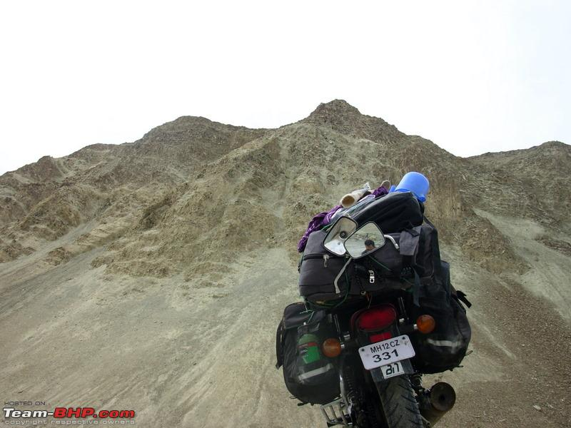 Name:  A offroading to the top of the hill.jpg Views: 2353 Size:  139.8 KB