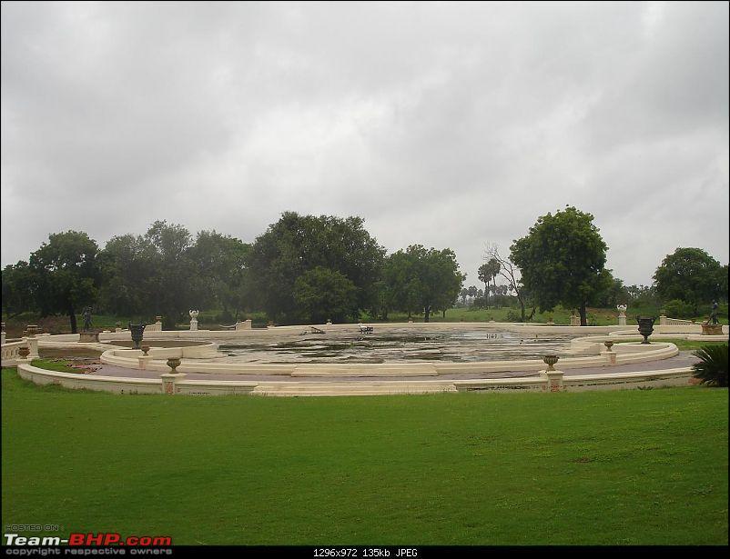 Shifting base : A road trip thru' Pune-Baroda-Ah'bad-Udaipur-Ajmer-Gurgaon!-dsc04854.jpg