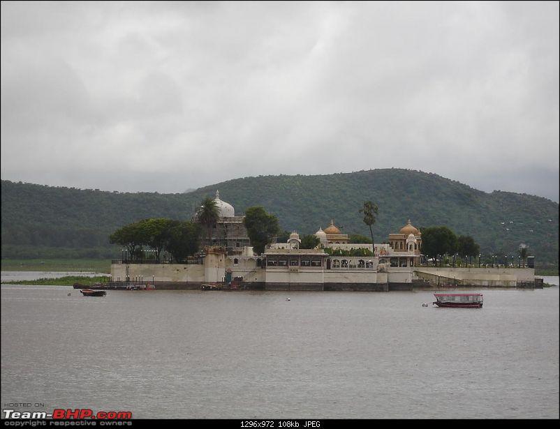 Shifting base : A road trip thru' Pune-Baroda-Ah'bad-Udaipur-Ajmer-Gurgaon!-dsc05038.jpg