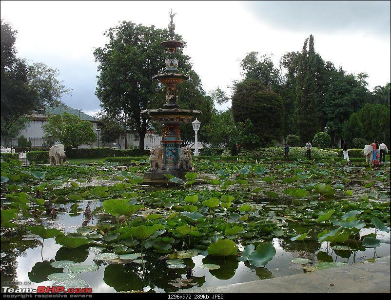 Shifting base : A road trip thru' Pune-Baroda-Ah'bad-Udaipur-Ajmer-Gurgaon!-dsc05154.jpg
