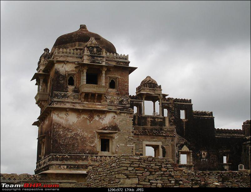 Shifting base : A road trip thru' Pune-Baroda-Ah'bad-Udaipur-Ajmer-Gurgaon!-dsc05364.jpg