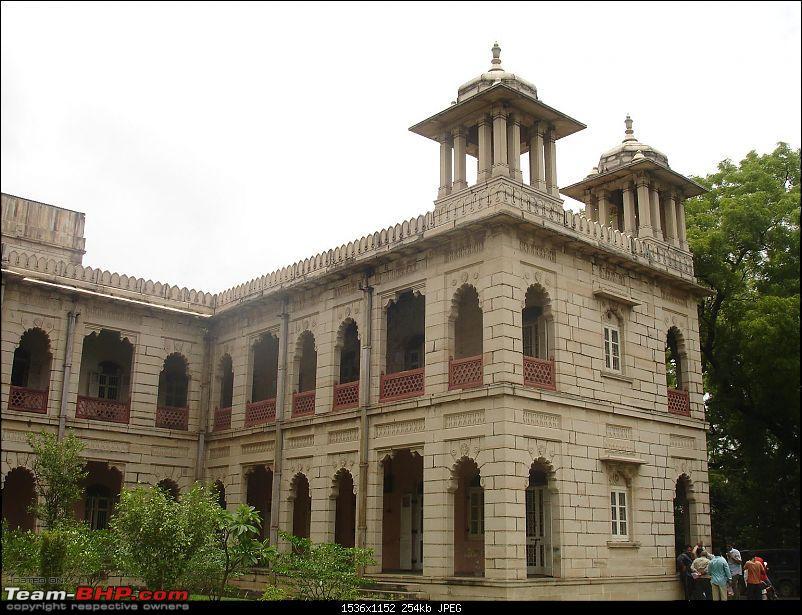 Shifting base : A road trip thru' Pune-Baroda-Ah'bad-Udaipur-Ajmer-Gurgaon!-dsc04897.jpg