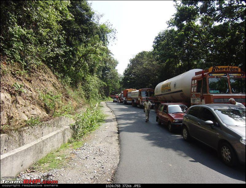 UB's Wedding : A 3 day, 3 car trip to Manipal / Udupi-traffic-jam-ghats.jpg