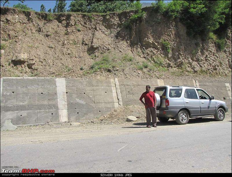 Hawk-On-Fours� (H-4�) Roadtrip:  Leh(t)'s go to Ladakh & Srinagar with QuickSilver.-zoji-la-18k100.jpg
