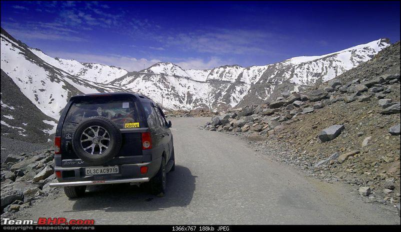 Finally Leh(ed) June 2011 : Delhi - Srinagar - Leh - Manali - Delhi-26062011872.jpg