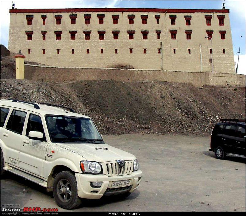 Hawk-On-Fours� (H-4�) Roadtrip:  Leh(t)'s go to Ladakh & Srinagar with QuickSilver.-stokpalace-11k100.jpg