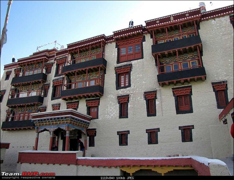 Hawk-On-Fours� (H-4�) Roadtrip:  Leh(t)'s go to Ladakh & Srinagar with QuickSilver.-stokpalace-19k100.jpg
