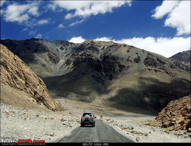 Hawk-On-Fours� (H-4�) Roadtrip:  Leh(t)'s go to Ladakh & Srinagar with QuickSilver.-pagalnala-20k100.jpg