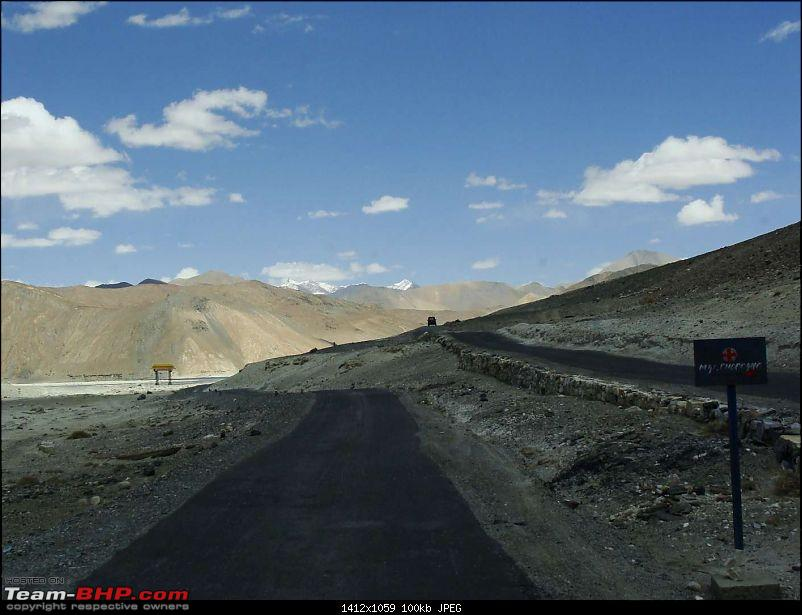 Hawk-On-Fours� (H-4�) Roadtrip:  Leh(t)'s go to Ladakh & Srinagar with QuickSilver.-pangong-0k100.jpg