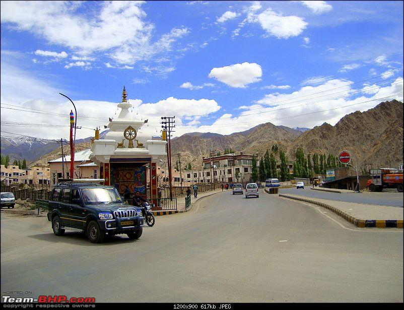 Fauji's Drivologues : Magical Mountainscapes - A Pictorial ode to Ladakh!-90-leh-city.jpg